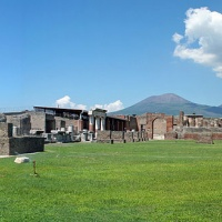 Transfer Naples Positano with stop 2 hours in Pompeii